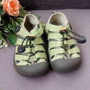 Children's Keen sandals